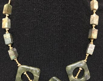 Bold green agate stone necklace