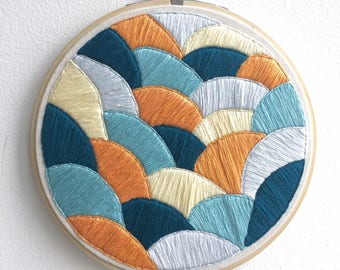 "Layers {6"" Embroidered Hoop}"