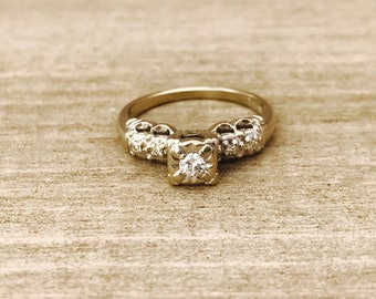 14k white gold vintage diamond promise/engagement ring