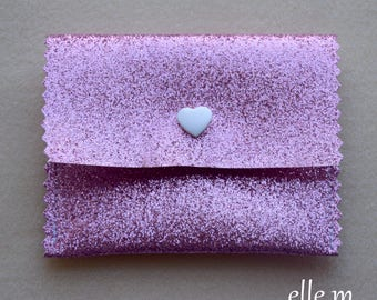 Wallet fabric in pink glitter and white heart snap jewelry