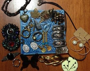 jewelry grab bag, assorted vintage jewelry pieces, destash jewelry
