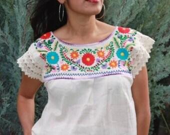 Puebla Lace Blouse (Beige)