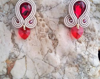 soutache earrings red heart, soutache, soutache jewelry, handmade earrings, soutache jewels, soutache embroidery, stud earrings
