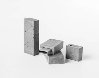 Concrete USB flash drive 16gb (Kingston Data Traveler SE9 16GB)