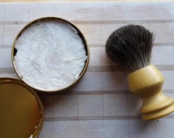 Yellow Box Shaving brush pure badger