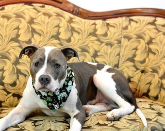 NO PINCHY St. Patrick's Day Clover - reversible pet bandana - dog bandana - cat bandana - unique pet accessory