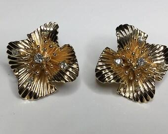 Estate Vintage Tiffany & Co. Designer 14K Yellow Gold Diamond Clip on Earrings