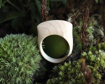 Mina Wood Ring in Maple