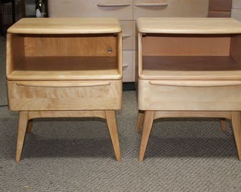 Pair Heywood Wakefield End Table