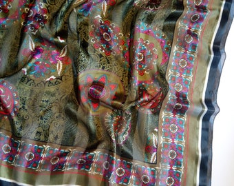 Italian colored scarf with boho print, pink and khaki color