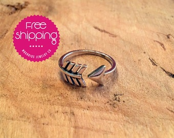 arrow ring.sterling silver.arrow jewelry.simple ring.statement ring.gift for her.delicate ring.silver rings.bridesmaid gift (Arrow Ring)