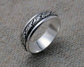 Oak leaf ring, men's sterling silver ring, sterling silver band, wedding band, men's ring, oak tree, Latvian ring, jewelry gift for men