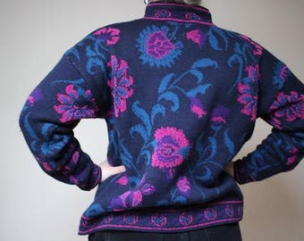 Westbound Bold Roseprint Sweater