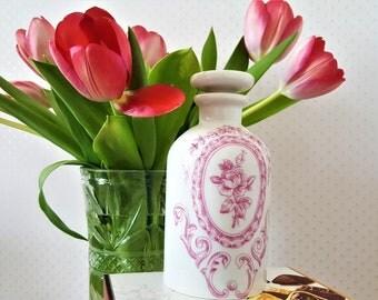 Pretty Vintage Porcelaine Carafe From Paris/ PORCELAINE DE PARIS/ France