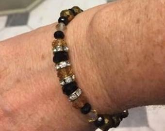 """7 1/2"""" Black and Gold Bracelet"""