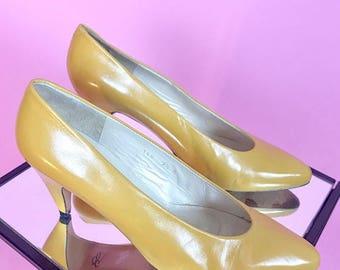 Evan Picone yellow heels 9/9.5