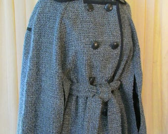 Vintage Double-Breasted Gray Tweed Cloak Jacket Cape with Belt