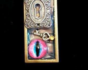 Steam punk Eye Pendant