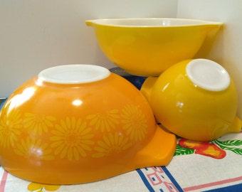 PYREX Orange Daisy and Bright Yellow Cinderella Mixing Bowls Set Of 3
