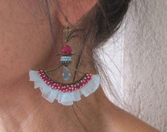 """Ruffle """"Cassis"""" on a connector range tone turquoise and fuchsia earrings"""