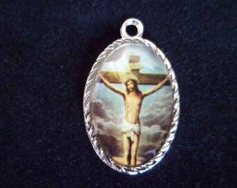 The 29 mm cross medal Pendant 1