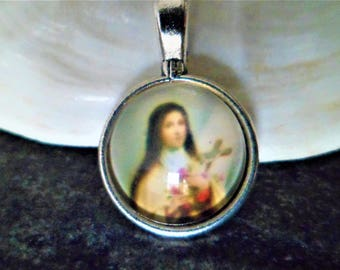 1 pendant St Therese of Lisieux glass Dome 26.5 mm
