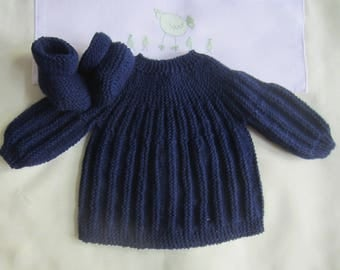 "Shirt and Navy ""blue"" baby booties in size newborn"