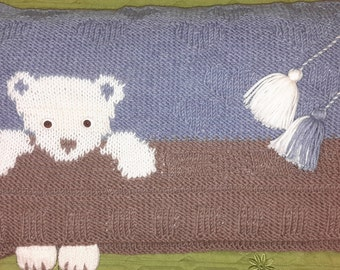 Hand knitted decorative pillow cover