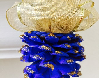 Decorative Blue Pine Cone ornament (4 pcs)