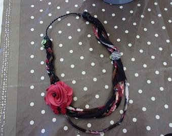 recycled t shirt yarn necklace