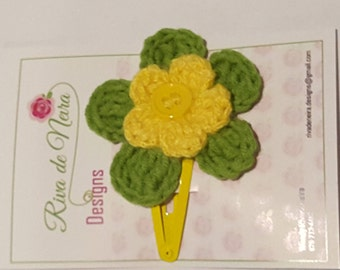 Yellow and green flower hair clip