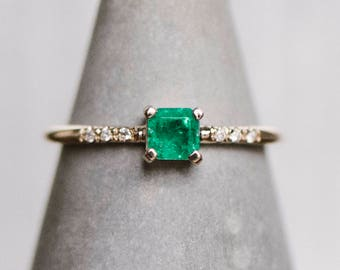 14kt Yellow Gold Emerald And Diamond Ring | Green Emerald Ring | Diamond Stacker Ring | Valentine's Day Ring | Unique Emerald Ring