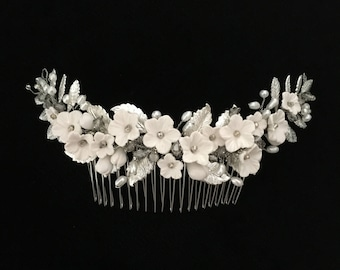 Silver and off-white bridal hair comb | EVELYN