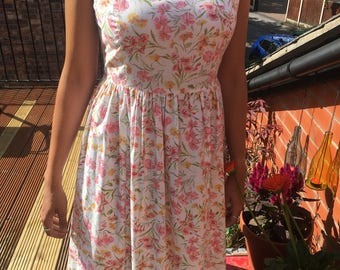LAURA ASHLEY DRESS: Beautiful 80's vintage sundress, size 16
