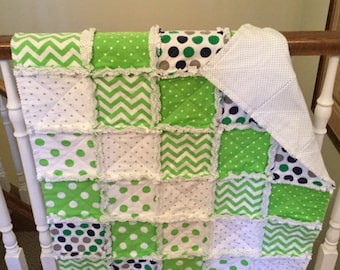 CRIB QUILT, LIME Green Rag Quilt