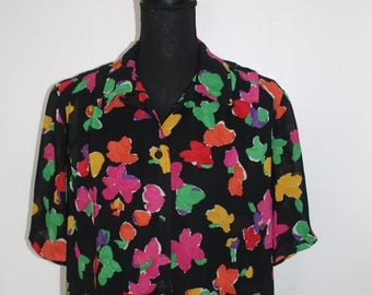 Vintage Ladies Abstract Floral Muti coloured blouse Size M