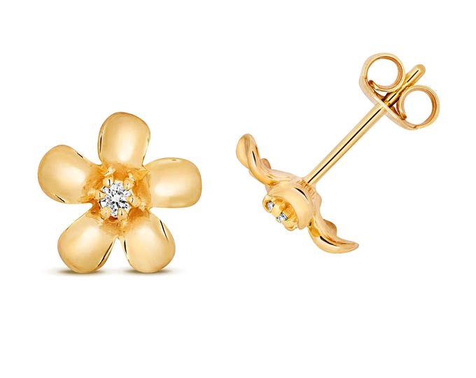 9ct YellowGold 0.05ct HSi Diamond Daisy 6mm Stud Earrings