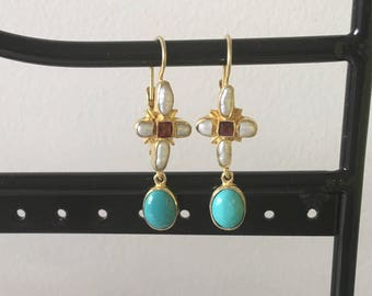 Turquoise, pearl and garnet earring