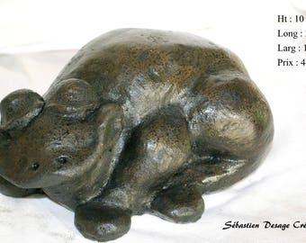 polished concrete frog animal sculpture
