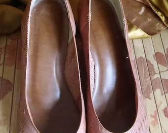 Vintage Brown Leather Heels made in Brazil Size 5