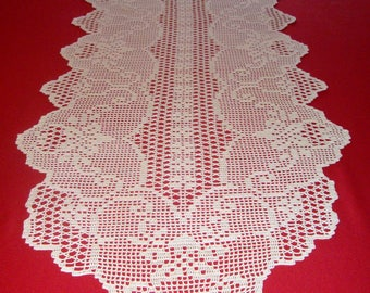 Crochet handmade table runner - 100% cotton - Ecru color - Dimensions : 222 cm x 55 cm