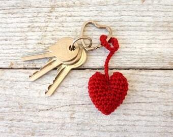 Heart Keychain / Red Heart / Women Keychain / Red Keychain / Woman Gift / Crochet Heart / Red Crochet Heart / Burgundy Red Keychain