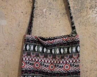 Bag/Shoulder bag/fabric/padded/inner pocket/pattern/flowers/retro/bunt/festival/party/Oldschool