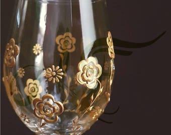 Floral Art Wine Glass