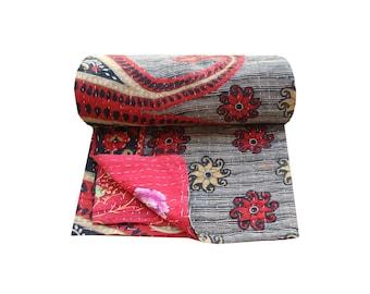 Handmade Kantha Quilt Reversible Kantha Blanket Indian Cotton Sari Kantha Bedspread Floral Design Twin Size Kantha Throw Kantha Bed Cover