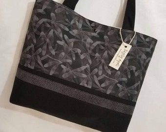 Striking Dragonfly purse tote Bags by April