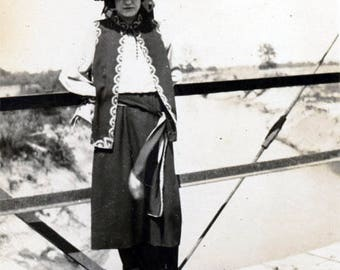 vintage photo 1920 Marquis Photo Studio Enid Oklahoma Young Woman Flapper on Bridge