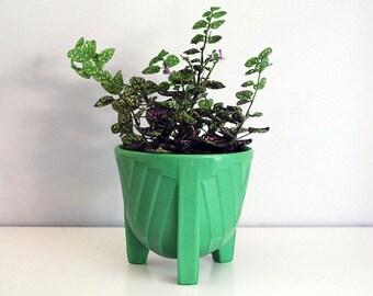 McKee Jadite Jardiniere, Green Glass Planter, Art Deco Bulb Bowl, Skokie Green, Chevron Pattern, 1930s Dark Jadeite, Three Footed Planter