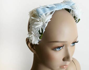 Vintage 1960s Floral Bow Headband - Soft Pastel Sky Blue Velvet Ribbon Bow and White Daisy Flower Headpiece