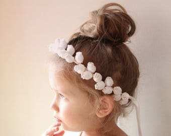 White rose flower girl crown, Simple flower girl wreath, rose floral wreath, Toddler Photo Prop, Photography prop headband (12+ months)